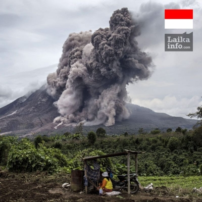В ИНДОНЕЗИИ ПРОСНУЛСЯ ВУЛКАН СИНАБУНГ / SINABUNG VOLCANO WAKES UP IN INDONESIA